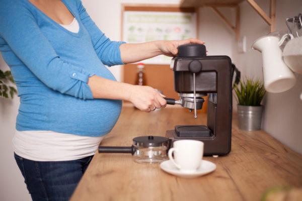 hamilelikte türk kahvesi tüketimi, hamileler kahve tüketmeli mi, hamileler ve kahve tüketimi
