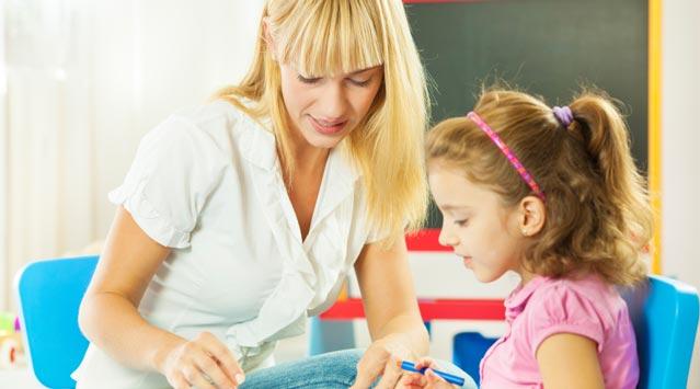 pedagog kimdir, pedagoglar hakkında bilinmesi gerekenler, pedagoglar ne iş yapar